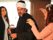 """كواليس مشهد ضرب منذر رياحنة لـ""""هبة مجدى"""" وهلا السعيد فى مسلسل موسى.. فيديو"""