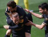 جريزمان يرفض العودة لتدريبات برشلونة وينوى الرحيل
