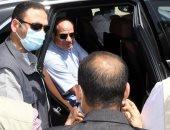 صفحة الرئيس السيسى تنشر صور تفقده الطريق الدائرى الأوسطى وسوق السيارات الجديد