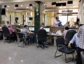 شاهد حى مصر الجديدة يستقبل الطلبات فى أول يوم لتطبيق المنظومة الجديدة للتراخيص