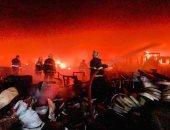 اندلاع حريق بمعمل اسطوانات أكسجين وسط بغداد بالعراق