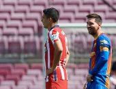 برشلونة يتعادل مع أتلتيكو ويقدم هدية لريال مدريد.. ألبوم صور
