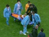 إصابة مصطفى محمد وخروجه على نقالة في مباراة جالاتا سراي ضد بشكتاش