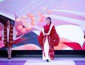 الموضة أسلوب حياة..عروض الأزياء فى الصين مشاريع تخرج طلاب الجامعات