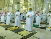 ختم القران فى أجواء روحانية بين المصليين بالمسجد الحرام