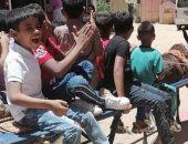 أطفال قرية البعيرات بالأقصر يحتفلون بعيد الفطر المبارك على عربات الكارو