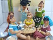 مجسمات بعجينة السكر للمة كحك العيد.. فن يتاكل أكل
