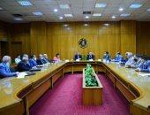 وزيرا التجارة والصناعة وقطاع الأعمال يبحثان توفير احتياجات مصانع النسيج من الأقطان