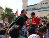 مظاهرة حاشدة على الحدود الأردنية-الفلسطينية نصرة للقدس وغزة.. فيديو وصور