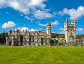 الملكة إليزابيث تهرب إلى قلعة بالمورال لتقضى فترة حداد على زوجها الراحل