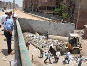 حملة مكبرة لتنظيف الأنفاق على الطرق السريعة في شبرا الخيمة والخصوص.. صور