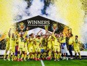 مراسم تتويج فياريال بلقب الدوري الاوروبي على حساب مانشستر يونايتد.. فيديو وصور