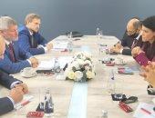 وزيرة التعاون تبحث مع رئيس السكك الحديدية الروسية العلاقات المشتركة بقطاع النقل