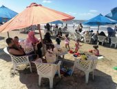 بحر يرد الروح.. إقبال كبير من المواطنين للإستمتاع بشواطئ المحافظات