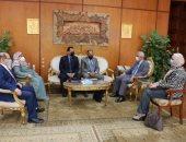 """رئيس جامعة المنوفية يستقبل وفد """"ضمان جودة التعليم"""" قبل زيارة كلية العلوم"""