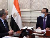 رئيس الوزراء يتابع مع وزير الطيران المدنى أعمال التطوير ورفع كفاءة مطار برج العرب