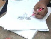 """""""رشاد"""" موهبة فنية شابة يعشق الرسم منذ نعومة أظافره ويبدع فى تجسيد المشاهير.. صور"""
