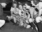 الحرب العالمية الثانية تتسبب فى وجود محترفات البيسبول بأمريكا.. اعرف تفاصيل