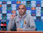 """روبرتو مارتينيز ينفى وجود """"اتصالات"""" مع برشلونة"""