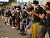CDC: يمكن للحاصلين على اللقاح خلع الكمامة بمحطات النقل العام المفتوحة