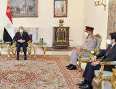 الرئيس السيسى يستقبل رئيس هيئة الأركان المشتركة للقوات المسلحة الباكستانية