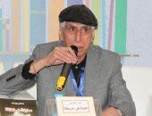 سعدى يوسف مترجما.. تعرف على الوجه الآخر للشاعر العراقى
