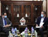 تفاصيل لقاء خالد العنانى وسفير فرنسا بالقاهرة لبحث سبل التعاون بين البلدين