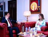 حسين زين يلتقى وزيرة الإعلام اللبنانى لبحث سبل التعاون المشترك