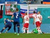يورو 2020.. سلوفاكيا تخطف انتصارا ثمينا من بولندا بحضور ليفاندوفيسكي