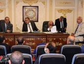 """""""اقتراحات النواب"""" توافق على مقترح أبو العلا بمشاركة القطاع الخاص في تطعيم كورونا.. صور"""