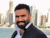 تفاصيل مصرع شاب أمام خطيبته أثناء حجز فستان الفرح بالزقازيق.. فيديو