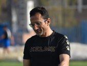 أحمد سامي يحذر لاعبي سموحة من وكلاء اللاعبين