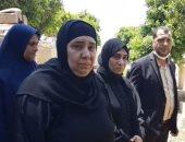 زغاريد أمام قبر سائق تاكسى قتل فى العاشر بعد إحالة أوراق القاتل للمفتى.. لايف
