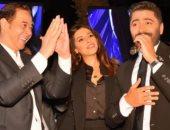 """مدحت صالح يرقص على أغنية """"عيش بشوقك"""" لـ تامر حسنى فى حفل زفاف نجل مصطفى قمر (فيديو)"""