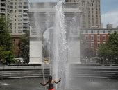 لأول مرة.. الولايات المتحدة تحطم الرقم القياسي فى ارتفاع درجات الحرارة..ألبوم صور