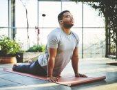 دراسة: ممارسة اليوجا تُقلل من خطر الإصابة بسرطان البروستاتا