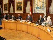 محافظ القاهرة يوجه برفع الخدمات المقدمة للمواطنين بقطاعات الطرق والكبارى