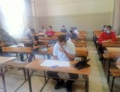 انطلاق امتحانات الثانوية اليوم وطلاب الشعبة العلمية يؤدون اختبار العربى