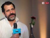 محمود حافظ يتحدث اليوم عن اللى مالوش كبير فى لايت شو على الحياة