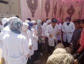 جامعة سوهاج تطلق قافلتها الأسبوعية المجانية لقرية نزة الحاجر بجهينة.. صور