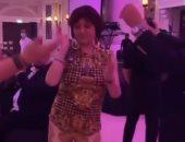 """نبيلة عبيد ترقص على أغنية """"يا بحر الهوى"""" فى دبى.. فيديو وصور"""