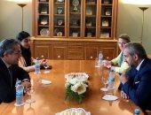 وزير السياحة يناقش تطوير المتحف المصرى بالتحرير ومشروع المتحف الأتونى