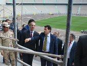وزير الرياضة يبحث مع هيئة ستاد القاهرة المشروعات الاستثمارية والانشاءات الجديدة