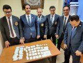 جمارك مطار شرم الشيخ تحبط محاولة تهريب عدد من الأقراص والكبسولات المخدرة