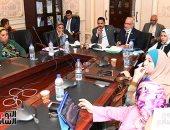 لجنة التعليم بمجلس النواب تبحث خطة وآليات تطوير مدارس النيل الدولية.. صور