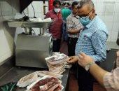 غلق 3 منشآت مخالفة وإعدام مواد غذائية غير صالحة فى حملة مسائية بالإسكندرية