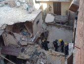 الدفاع المدنى بالإسكندرية يواصل البحث عن 4 ضحايا بعقار الدخيلة المنهار.. لايف