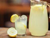 هل يساعد ماء الليمون في إنقاص الوزن وحرق الدهون؟