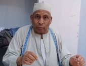 70 عاما ومازال يكافح.. شاهد حكاية الحاج مصطفى أشهر ترزى جلباب بلدى بالمنوفية
