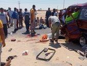 ننشر أسماء المصابين وضحية حادثى انقلاب سيارتين بأسوان